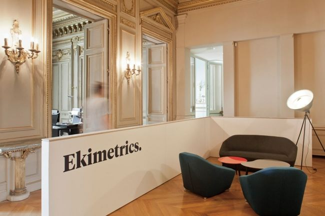 Интерьер офиса Ekimetrics от Estelle Vincent Architecture (16)
