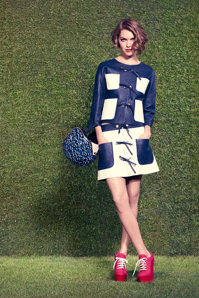 Лукбук Louis Vuitton Resort '12