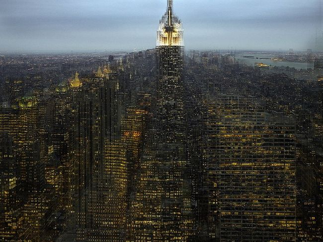 http://readmas.ru/wp-content/filesall/2011/06/photo_zooming_in_an_out_of_new_york_readmas.ru_01.jpg